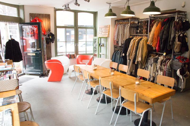 amsterdam shopping tipp vintage im viertel de pjip ferndurst. Black Bedroom Furniture Sets. Home Design Ideas