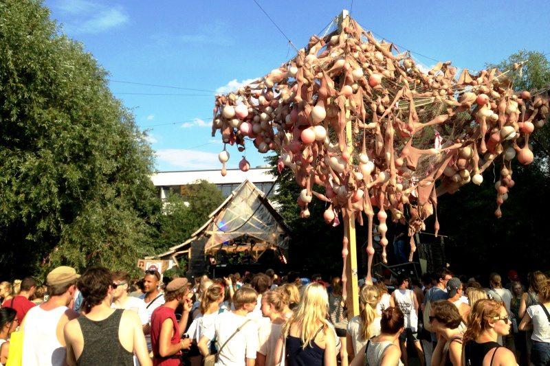 Dockville Festival in Hamburg: Hier trifft Kunst auf Musik!
