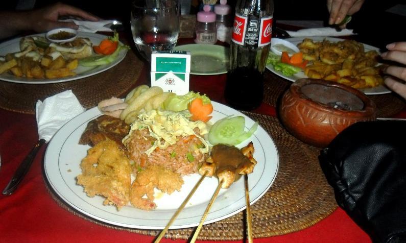 Tolles Essen auf Bali: Nasi Goreng ala Raya