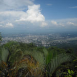 Ausblick auf Chiang Mai vom Doi Suthep auf dem Weg zum Tempel