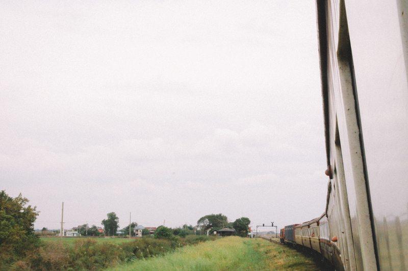 Mit dem Zug von Bangkok nach Ayutthaya