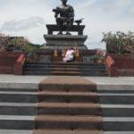Ein Denkmal für König Ramkhamhaeng im Sukhothai Historical Park