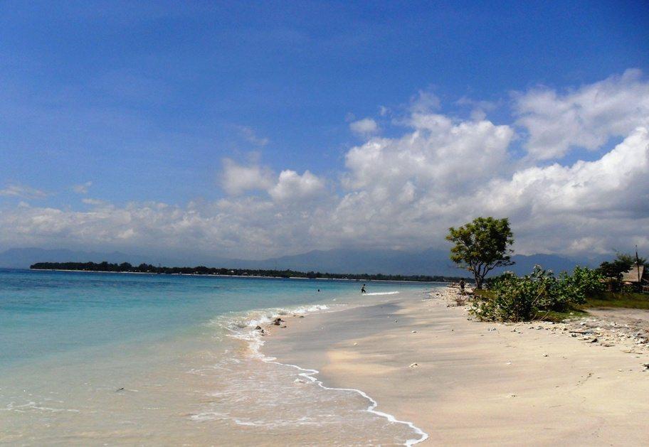 Einsame Strände auf den Gili Islands