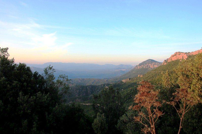 Sardinien Urlaub: Per Auto durch das Supramonte Gebirge