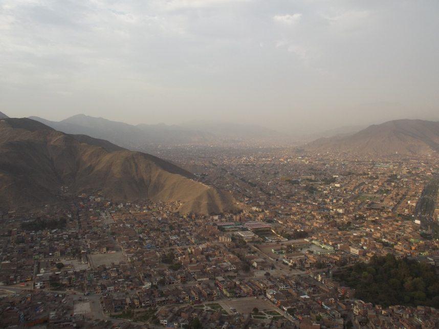 Lima von oben: die Hauptstadt Perus