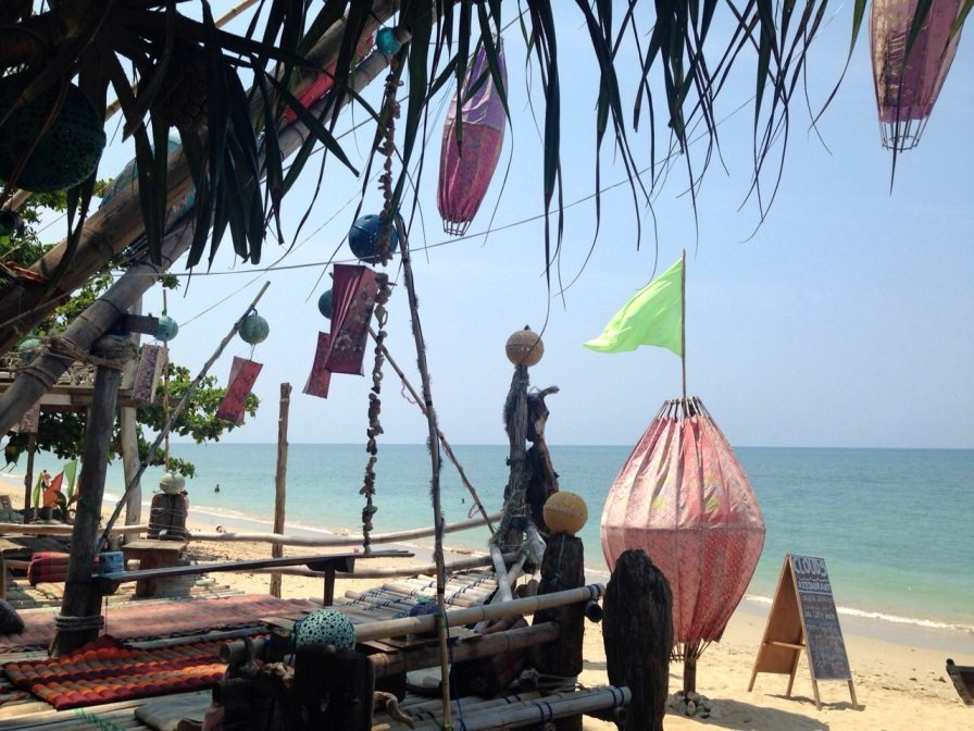Die Bar Cloud 9 am Khong Klong Beach auf Koh Lanta