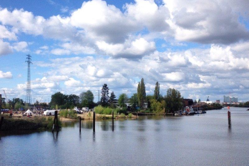 Geheimtipp für ein Wochenende in Hamburg: Auf einem Open Air inmitten der Natur tanzen
