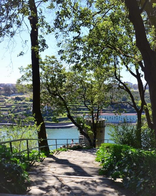 Porto Tipps für Gärten und Parkanlagen - Garden of Feelings mit Ausblick auf den Douro