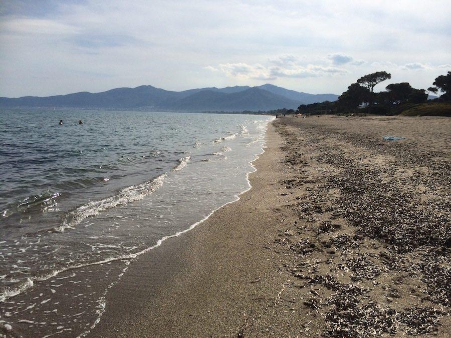 Schinias Beach bei der Stadt Marathon nahe Athen