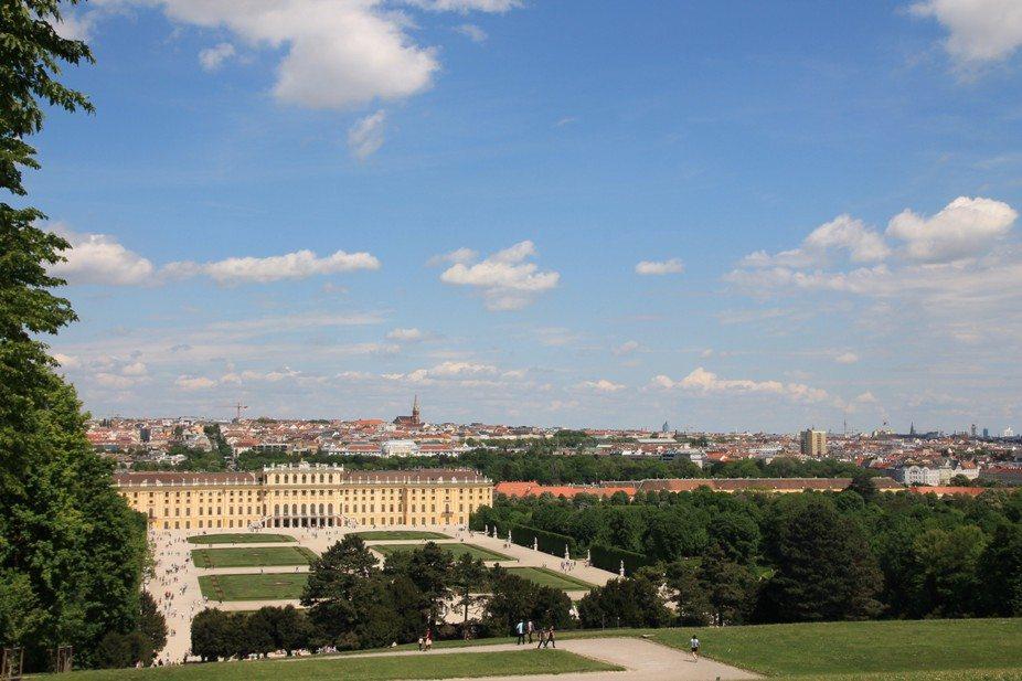 Ausblick auf Schloss Schönbrunn in Wien