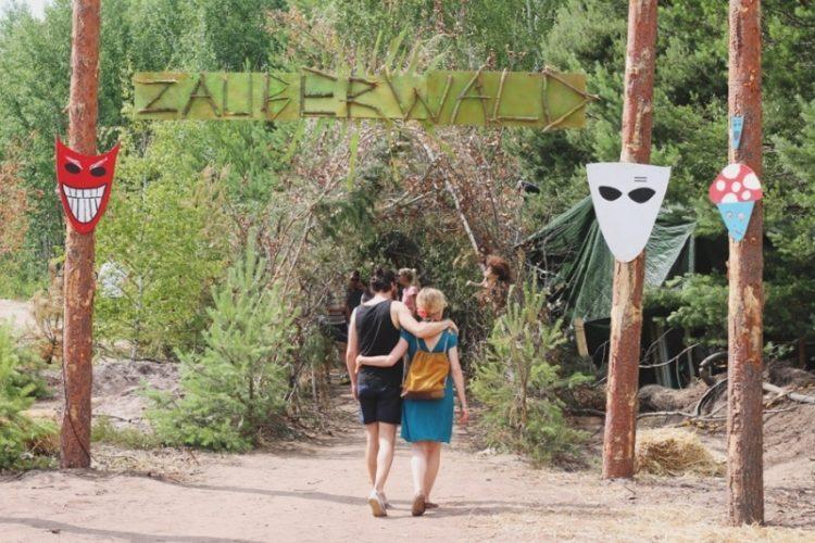 Feel Festival 2015: Zauberwald Bühne
