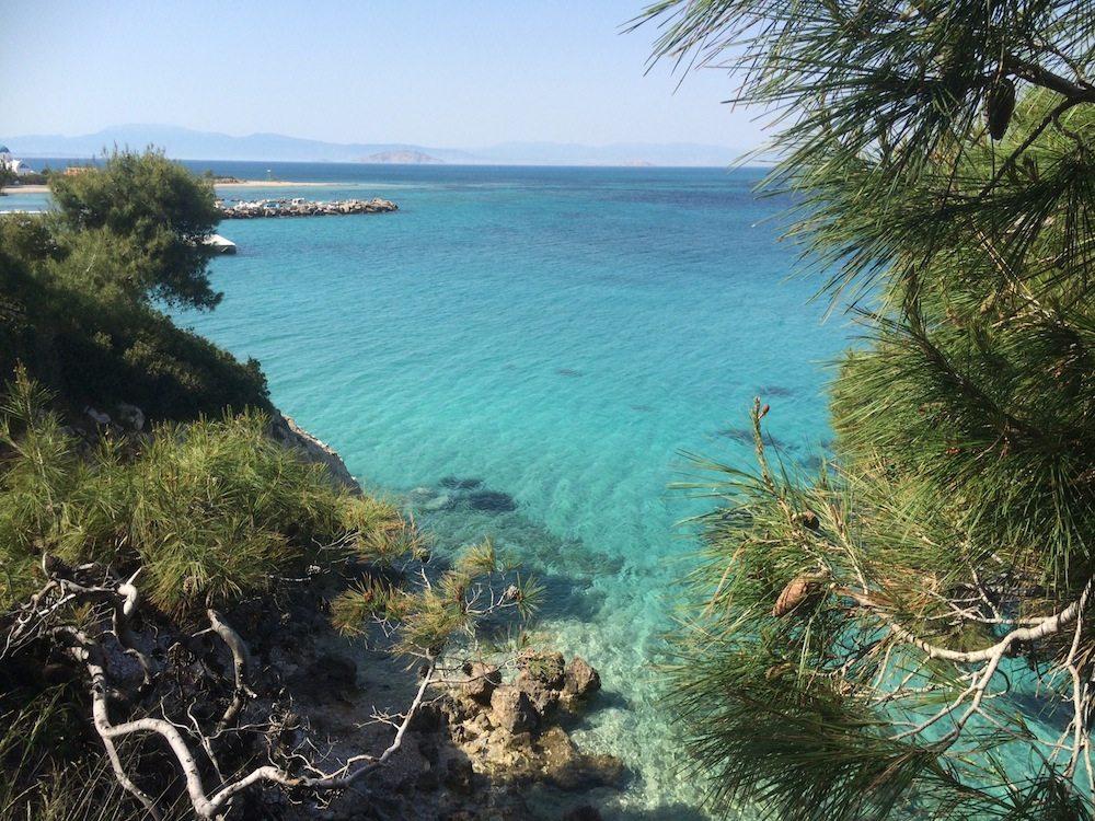 Trauminsel Agistri mit tollem Strand nahe Athen