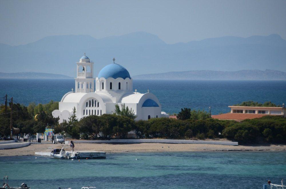 Blau in allen Variationen auf der Insel Agistri bei Athen