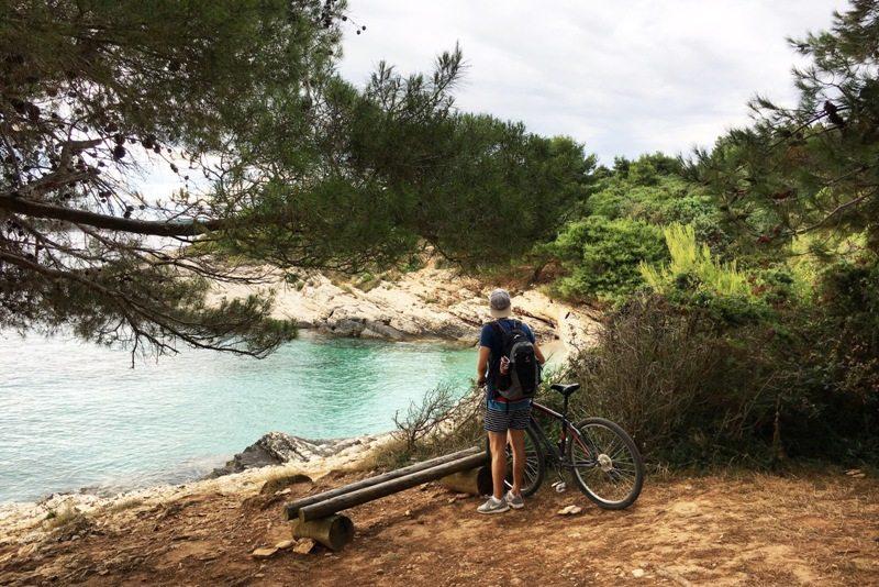 Kap Kamenjak - schöne Strände mit türkisem Wasser auf der ganzen Halbinsel in Istrien