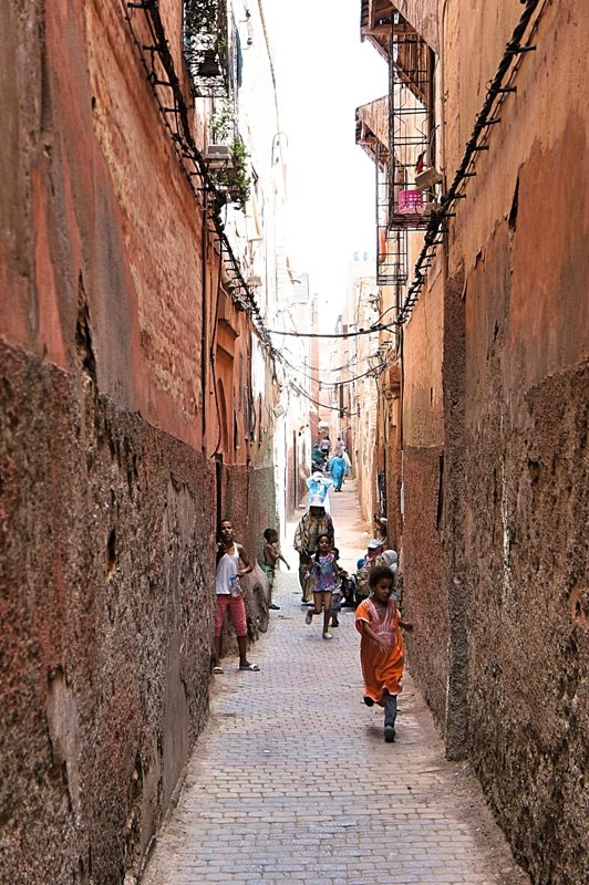 Marrakesch Highlights: Gasse zur Synagoge