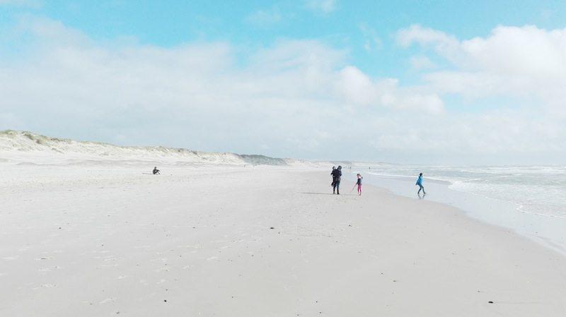Schönster Strand Dänemarks: hell - breit - laaaang bei Hvide Sande