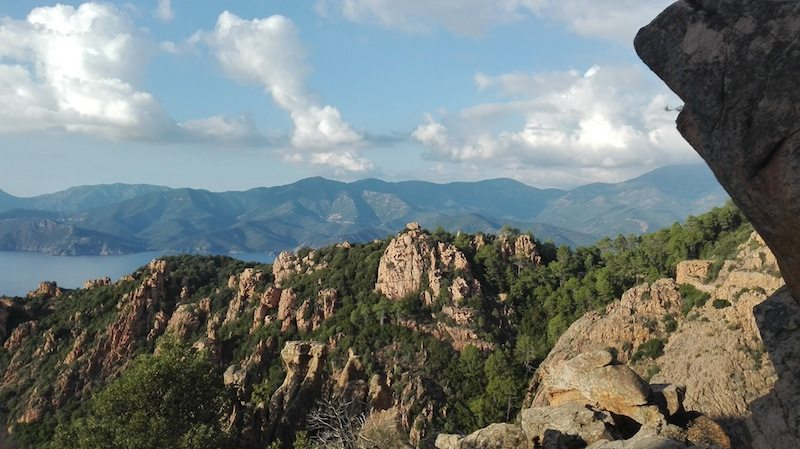 Backpacking Korsika: Rundreise an der Westkueste ohne Auto