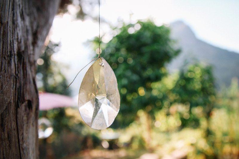Der Garten vom Chiang Dao Roundhouses - Unterkunft mitten im Dschungel