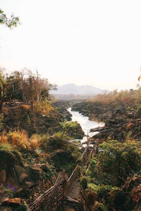 Wilde Tad Somphamit Wasserfall auf Don Khone im Süden von Laos - 4.000 Islands