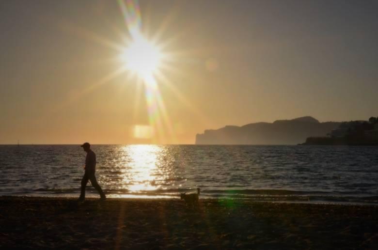Zauberhafter Sonnenuntergang am Playa Santa Posa auf Mallorca