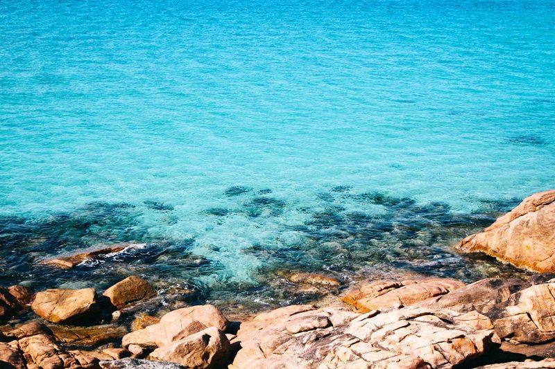 Westaustralien Route - türkises Wasser an der Castle Bay - einer der schönsten Strände der Welt