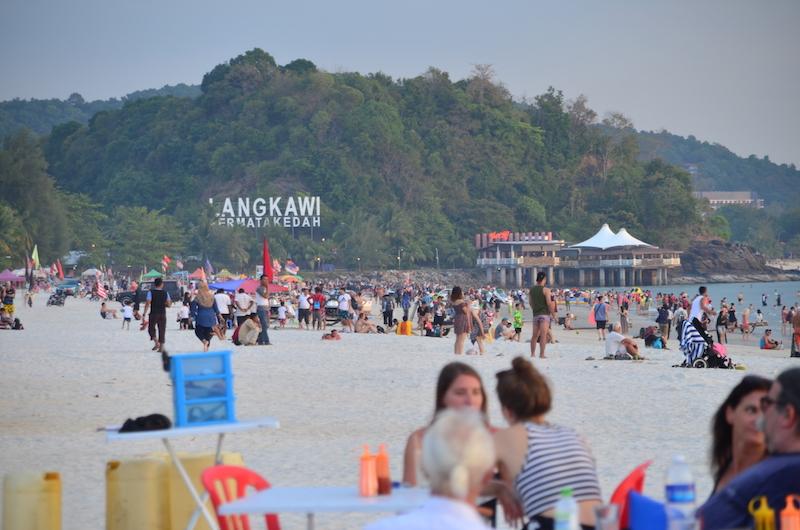 Auch wenn die Insel schön ist, auf Langkawi in Malaysia geht es touristisch zu