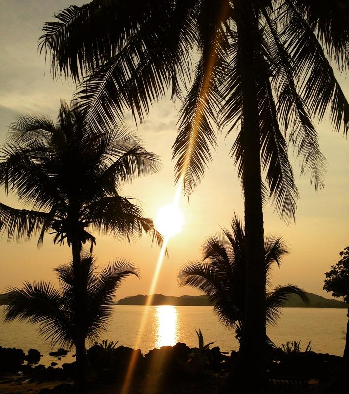 Koh Mak Backpacker Tipps - Yoga beim Sonnenuntergang