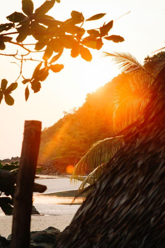 Schönster Strand auf Koh Chang für Backpacker und Hippies