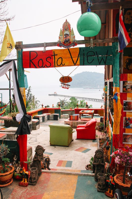 Raggae-Bar auf Koh Chang beim Klong Koi Beach