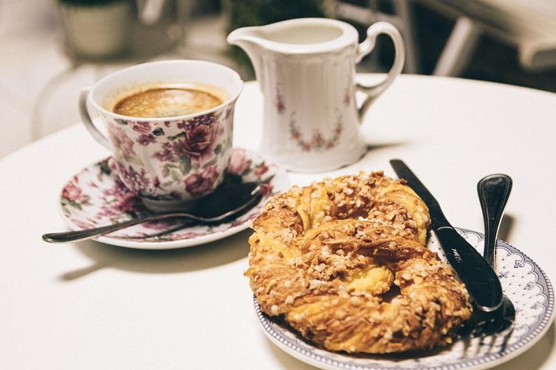 Sevilla Geheimtipps - tolles Cafe im Viertel Santa Cruz
