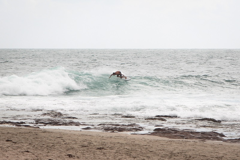 Surfer in Kalbarri an der Westküste Australiens