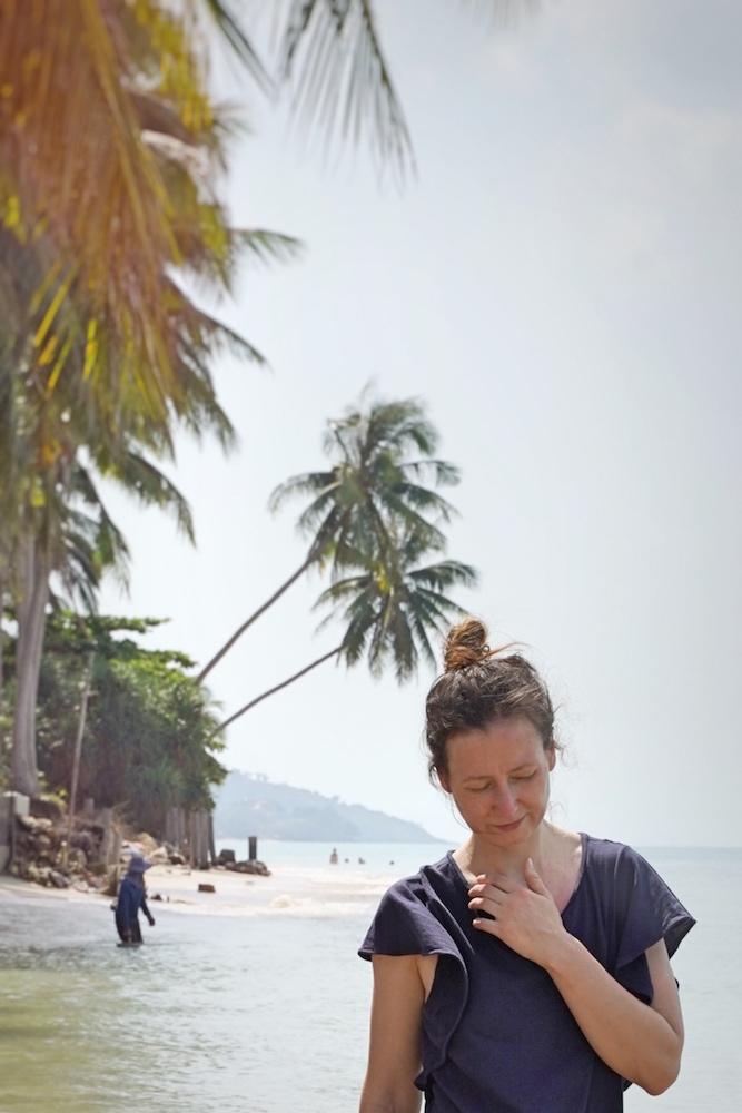 Erste Insel unserer Thailand Reise mit Kind: am Ban Tai Beach - Strand im Norden Koh Samuis